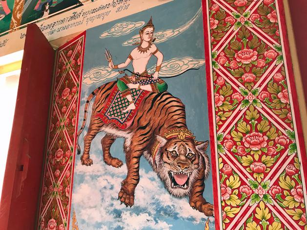 ワット・プライ・レーム(Wat Plai Laem)の壁面の絵